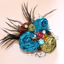 Miss Vibrant Brooch