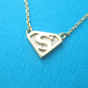 Superman Logo Symbol Charm Necklace in Gold