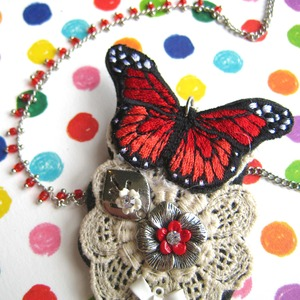 Butterfly Brooch and Necklace Embroidered with Lace and Floral Detail