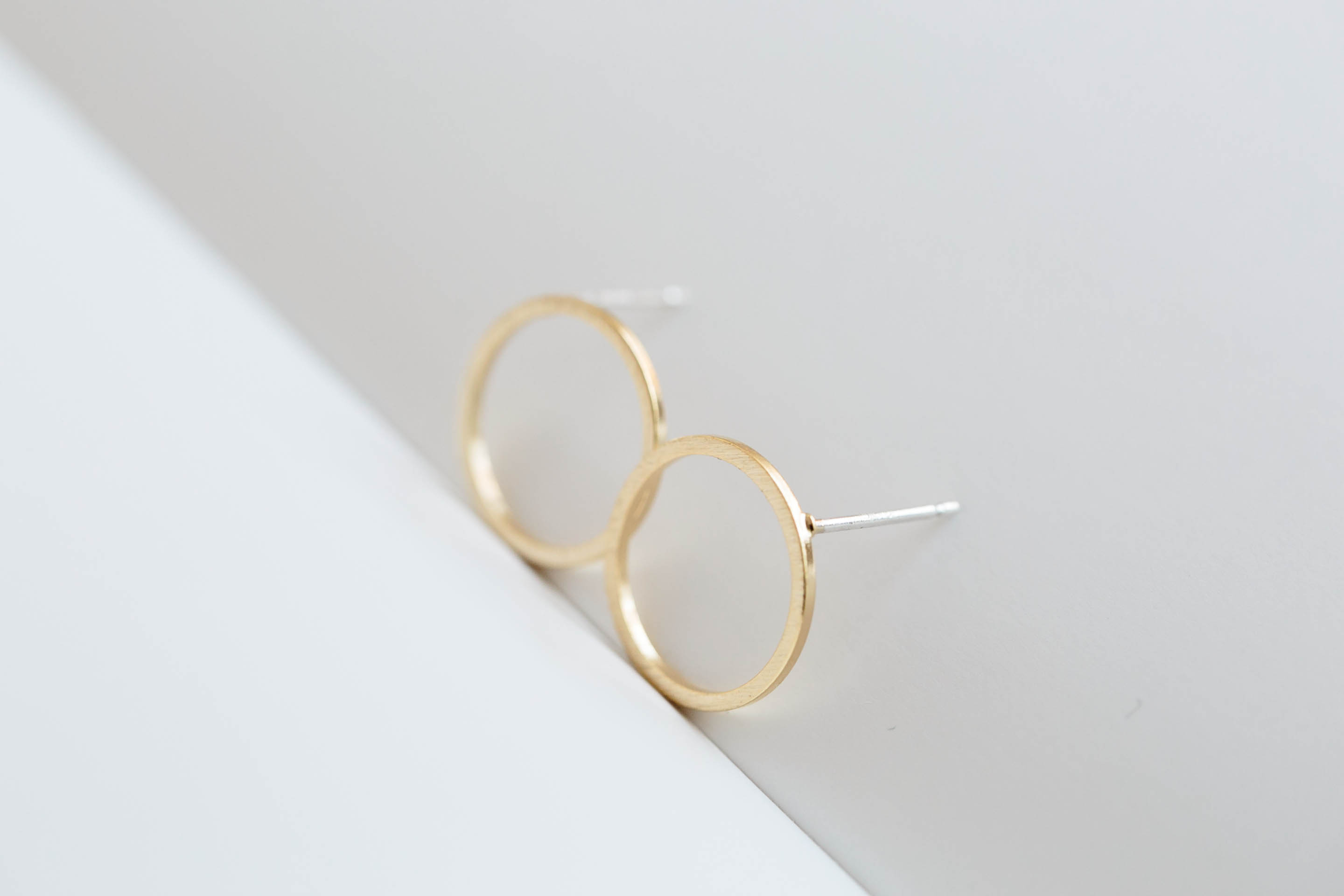 bling white stud circle earring or gold yellow diamond in open products