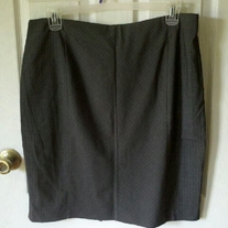 New York & Company Grey Pencil Skirt Sz 18