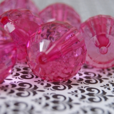 22mm bubblegum bright pink clear faceted chunky beads