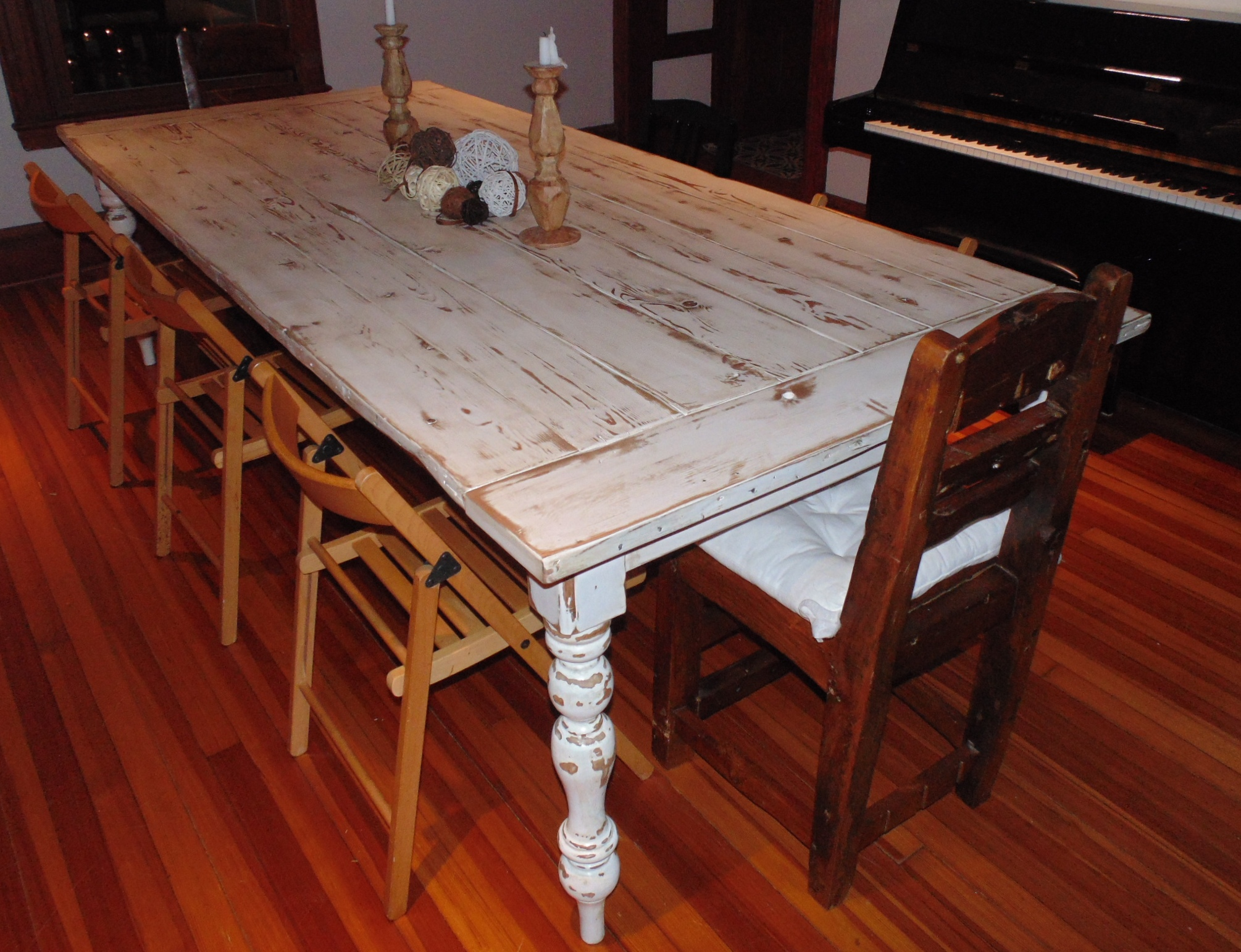 Superior ... Caroline Reclaimed Wood French Country Farmhouse Table   Thumbnail 2 ...