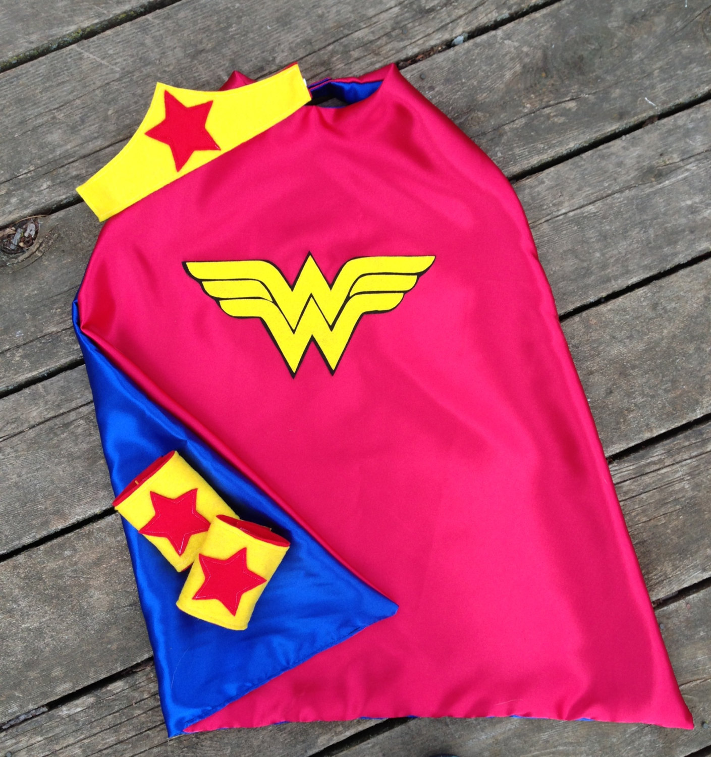 Superhero cape wonder woman kid 39 s reversible super hero for Cape designs