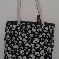 Skulls on Burn Out Velvet Tote Bag w/Rope Handles - White
