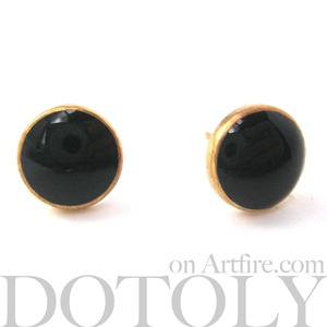 Simple Round Stud Earrings in Black on Gold Small and Classic