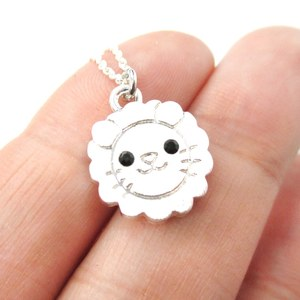 Cute Lion Face Shaped Simple Animal Jewelry Pendant Necklace in Silver