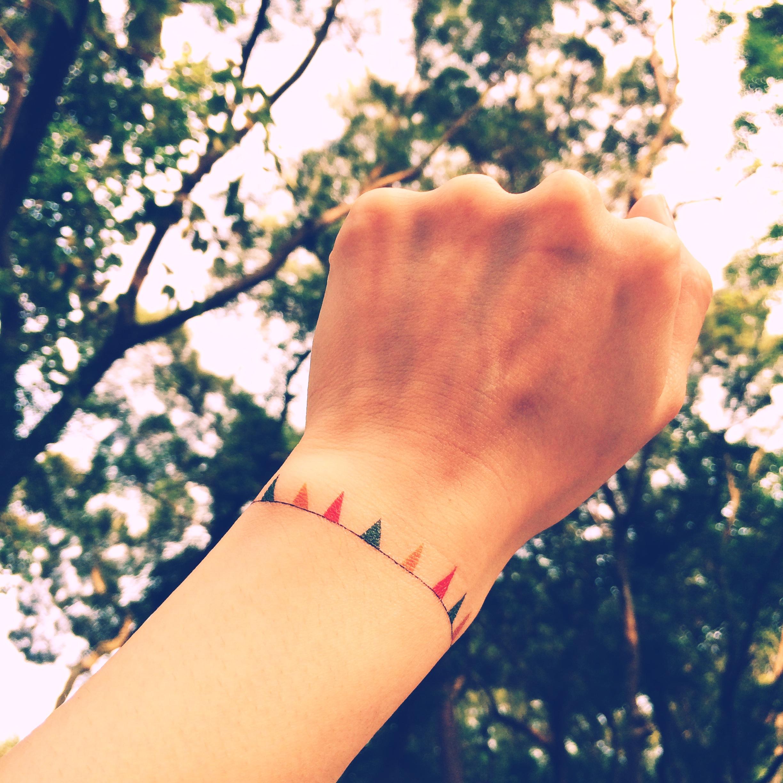 Bracelet Tattoo On Tumblr: 2pcs Mini Bunting Color Bracelet Tattoo