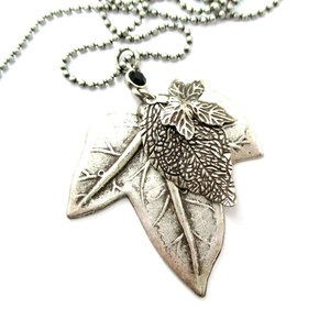 Realistic Mixed Acer Leaves Shaped Floral Pendant Necklace in Silver