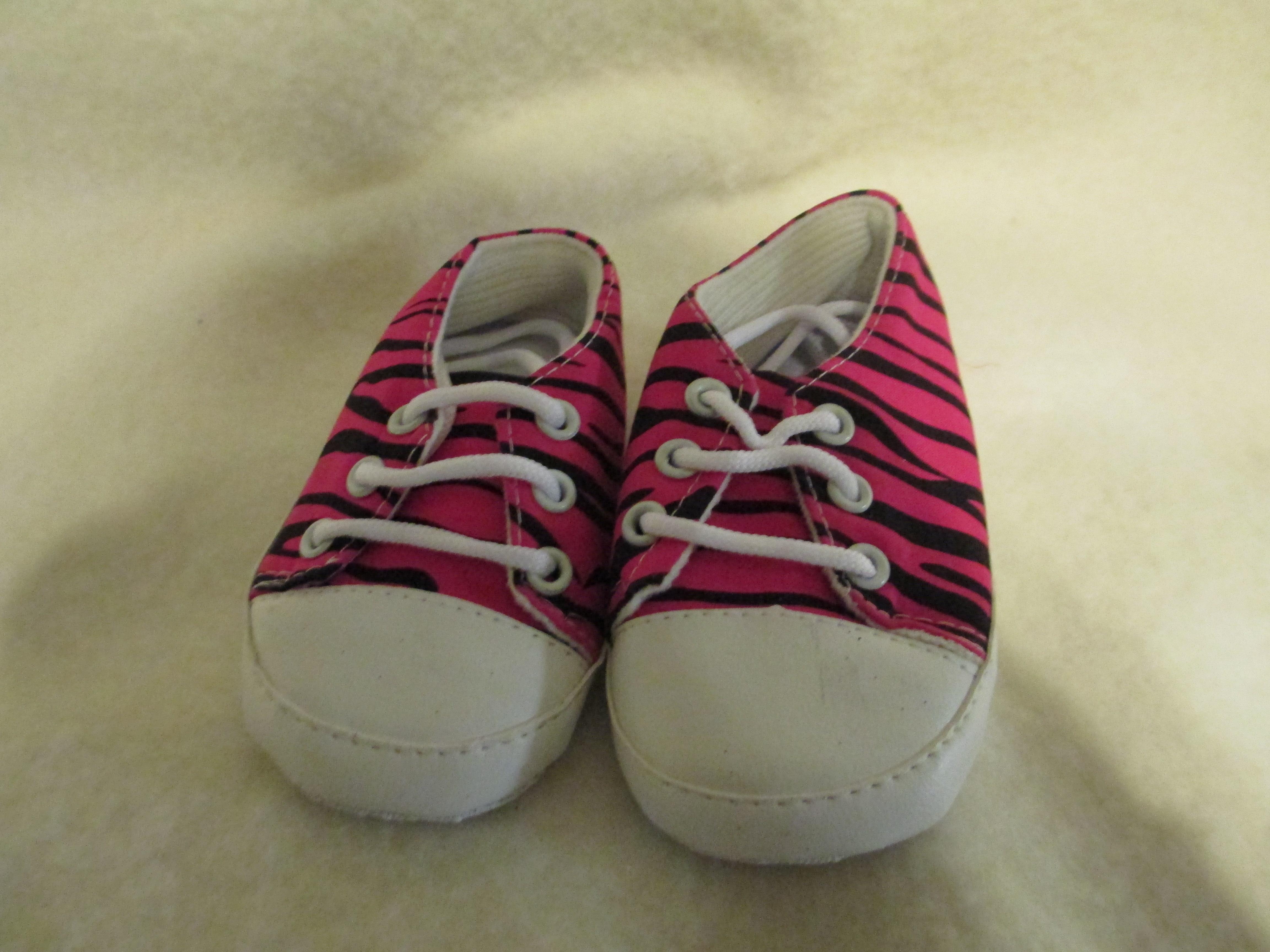 a bling boutique pink zebra shoes 12 18 months