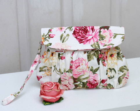 Clutch - Spring/summer Pink And White Floral Clutch Purse Shabby Chic Roses Wristlet On Storenvy