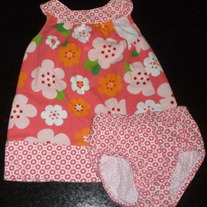 Peach/Orange Floral Dress with Matching Bloomers-Carters Size 9 Months  CLM1