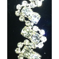 Crystal ZigZag Sparkly Trim (chain backing)(yd)
