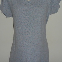 Gray Short Sleeve Shirt with Blue/Pink Flowers-Duo Maternity Size Medium  CLLO