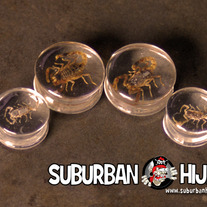 Scorpion Inlay Resin Saddle Plug