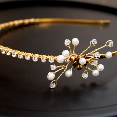 Gold crystal and pearl headband - Thumbnail 4