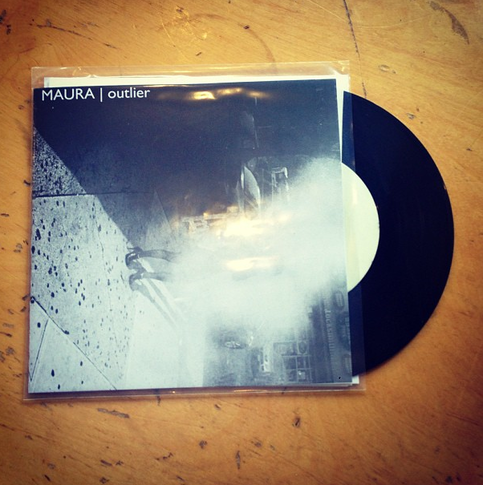 "Maura | Outlier 7"" (Ltd 200 Vinyl)"