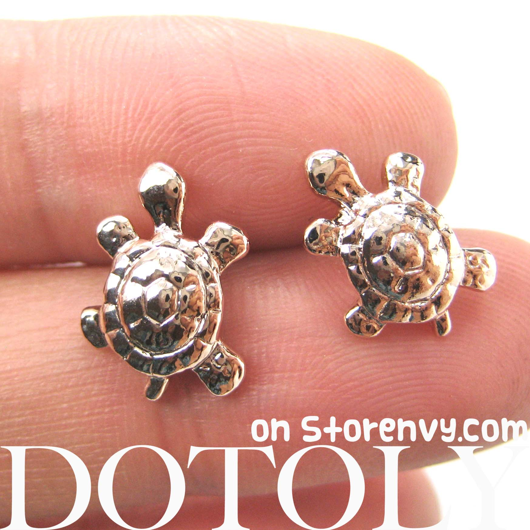 turtle product original animal rose with shaped sea in gold realistic stud earrings tortoise pearl details
