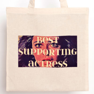 Best supporting actress tote