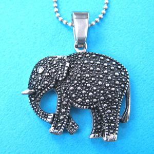 Textured Realistic Elephant Charm Animal Pendant Necklace in Silver