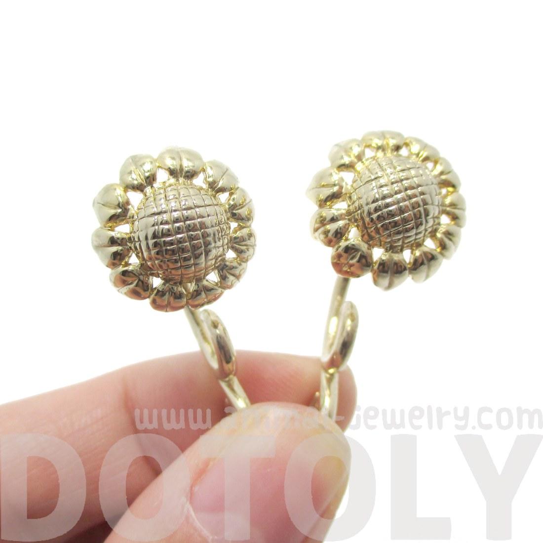 Sunflower Flower Shaped Fake Gauge Plug Stud Earrings In Gold   Thumbnail 3