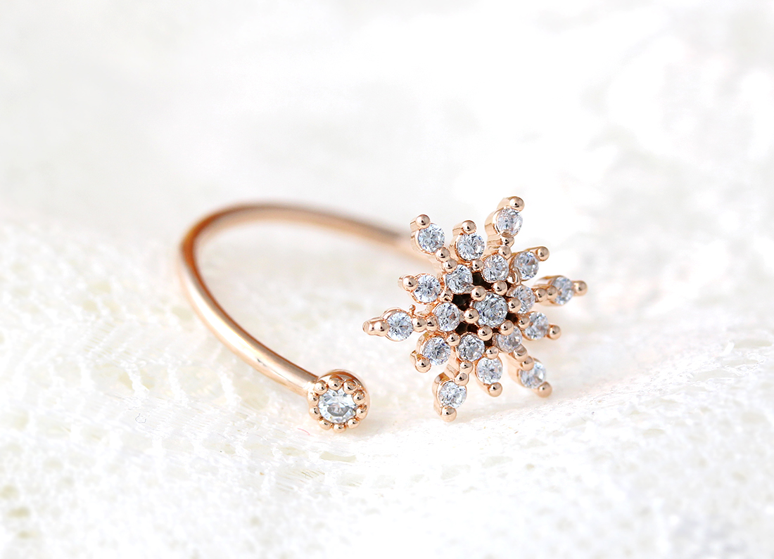 Cooling Necklaces That You Freeze : Snowflake ring snow adjustable open wrap jewelry frozen