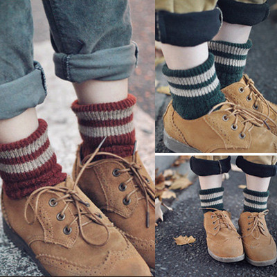 Vintage stripes winter woolen socks