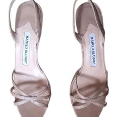 Manolo blahnik tan sandals