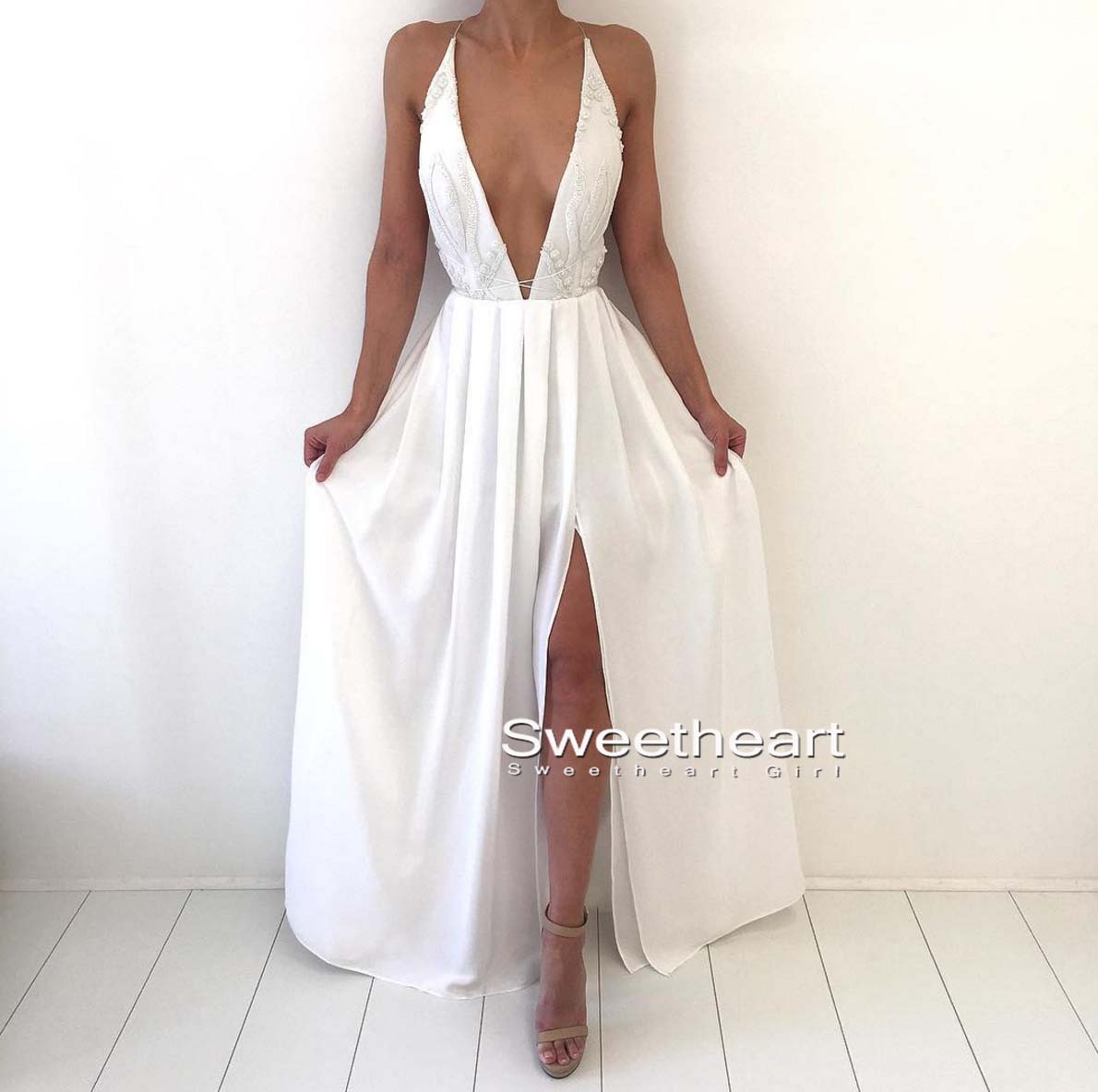 Sweetheart Girl | Simple white v neck chiffon long prom dress ...