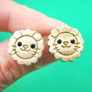 Adorable Lion Shaped Simple Animal Jewelry Stud Earrings in Gold