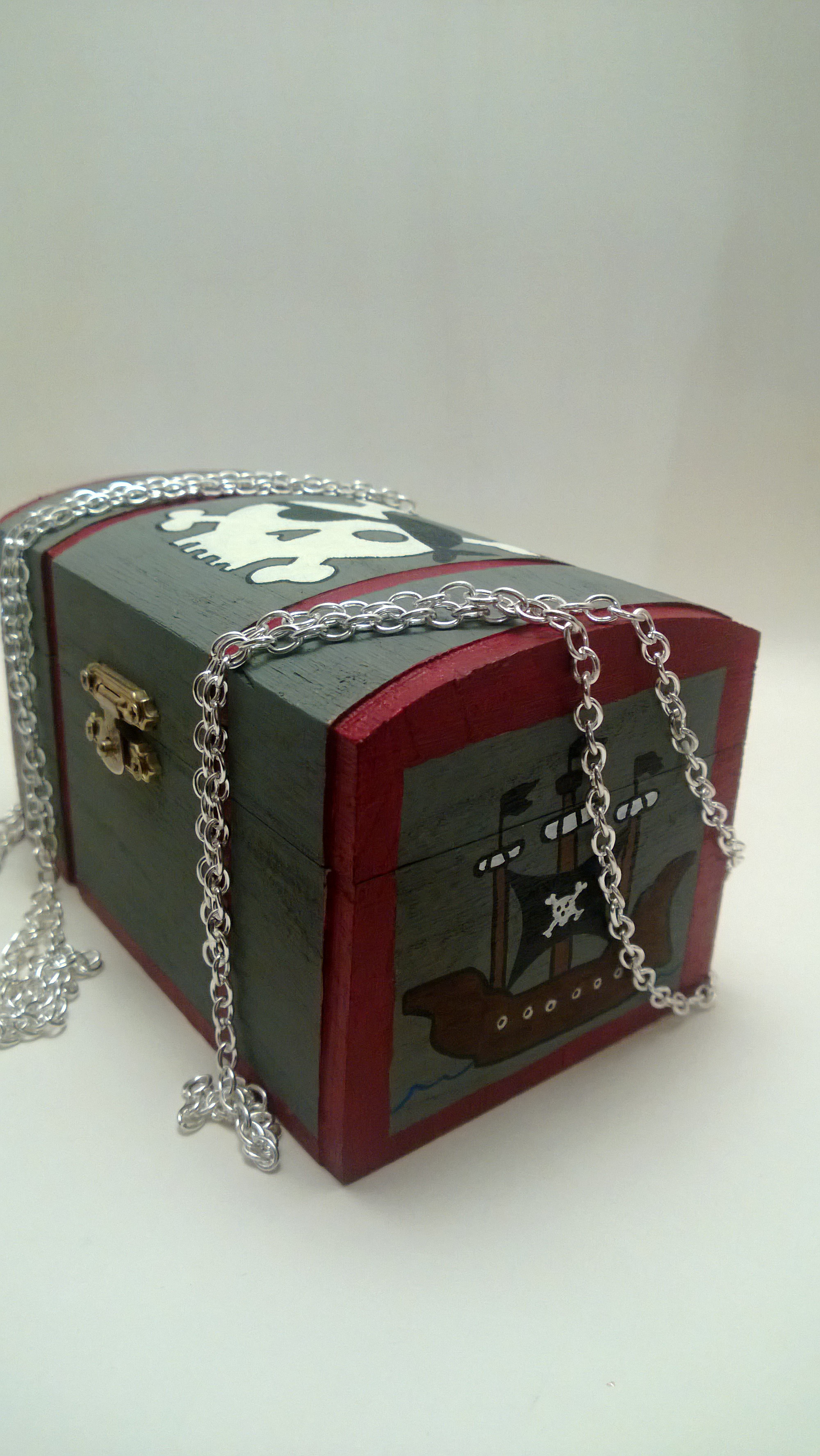 http://justforlittles.storenvy.com/collections/125565-new-featured/products/1938858-pirate-treasure-box