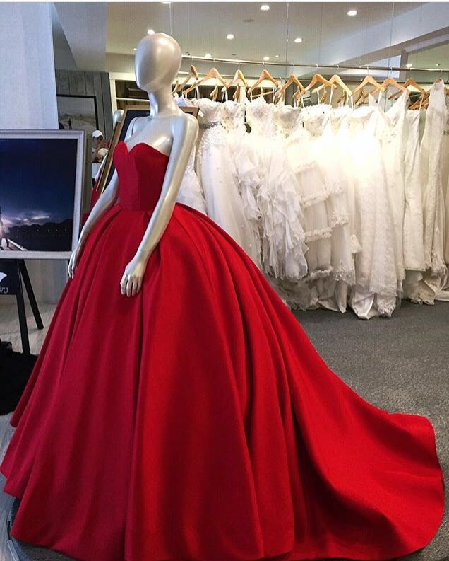 Sweetheart Prom Dresses Ball Gown Red Satin Prom Dresses Evening