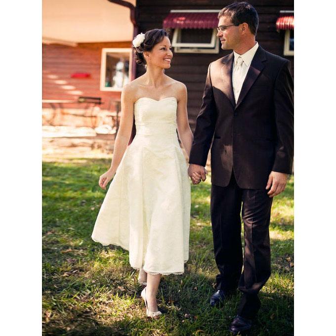Modern Sweetheart A-line Taffeta Wedding Dress, Sweet Sleeveless Tea ...