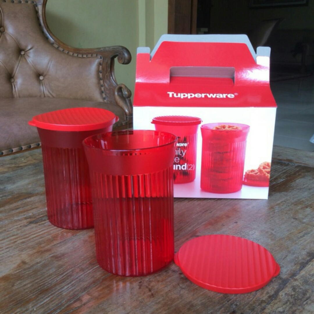 New 1 Set (2 Pcs) Family Mate Round Tupperware Red Color ...