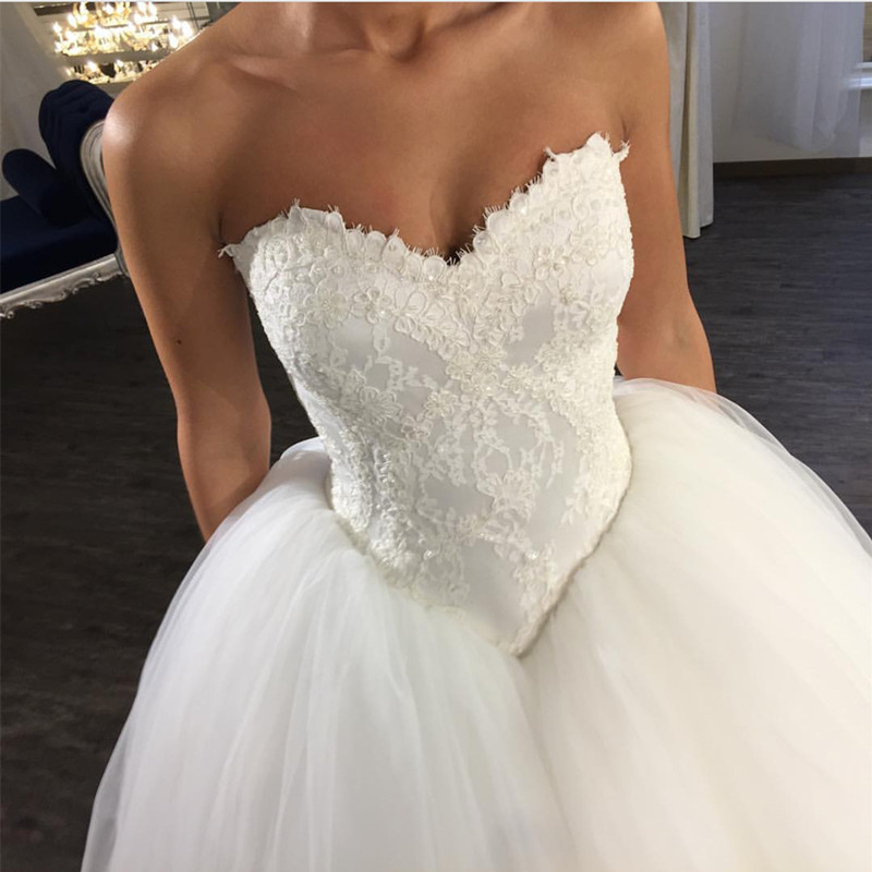 v neck wedding dress,lace appliques dress,tulle ball gowns,corset ...