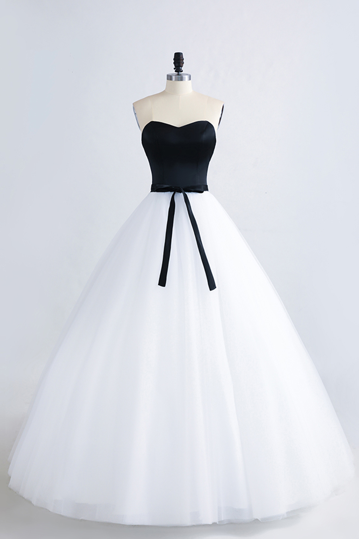 Unique sweetheart black long white tulle prom dress simple lace up unique sweetheart black long white tulle prom dress simple lace up bridesmaid dress ombrellifo Choice Image