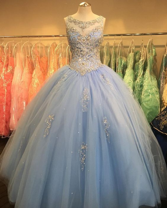 Crystal Beaded Scoop Neck Tulle Quinceanera Dresses Ball Gowns ...
