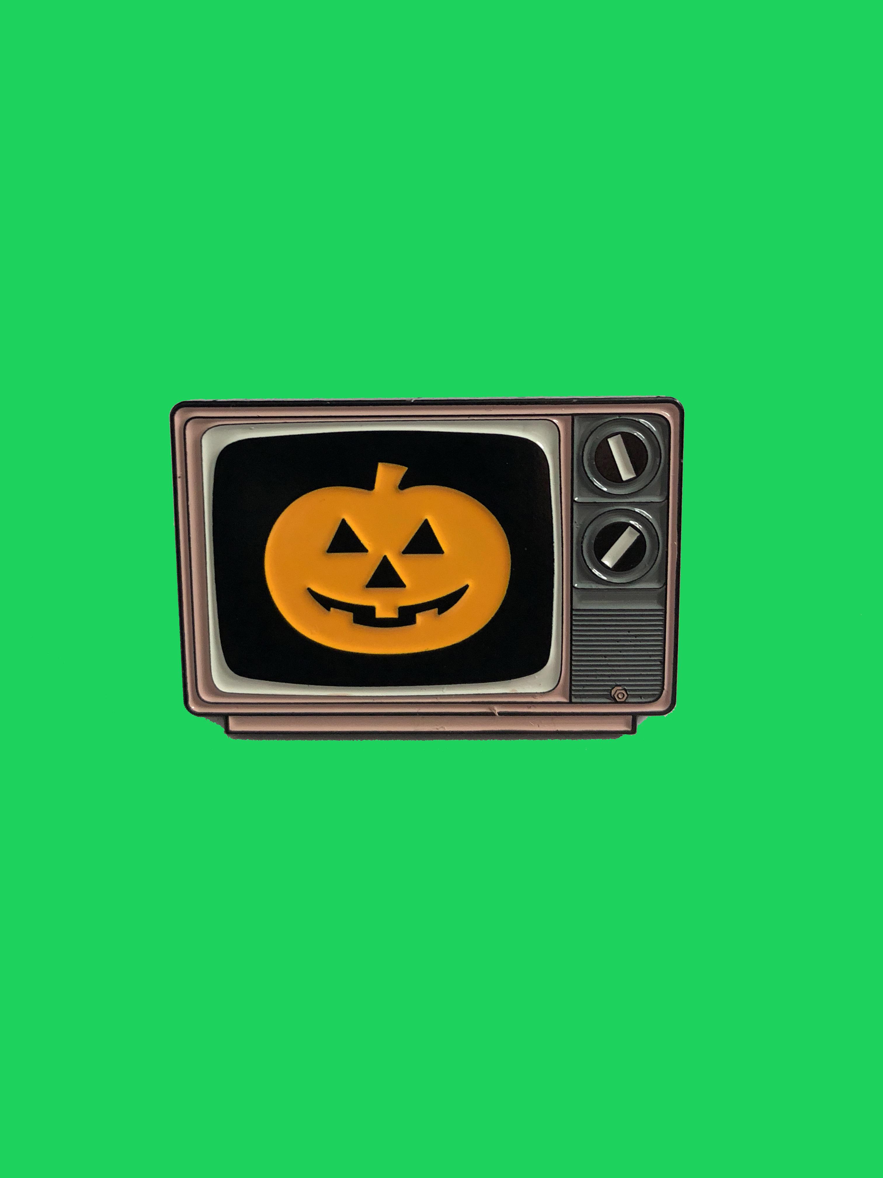 halloween 3 silver shamrock club thumbnail 1