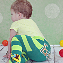 Legging Pants with Diaper Bum Character Cover In Green with Bear
