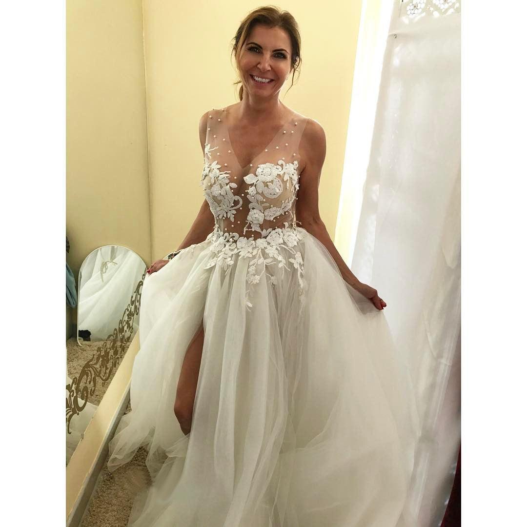 Lace Wedding Dresses,Beach Wedding Dresses,V-Neck Wedding Dresses ...