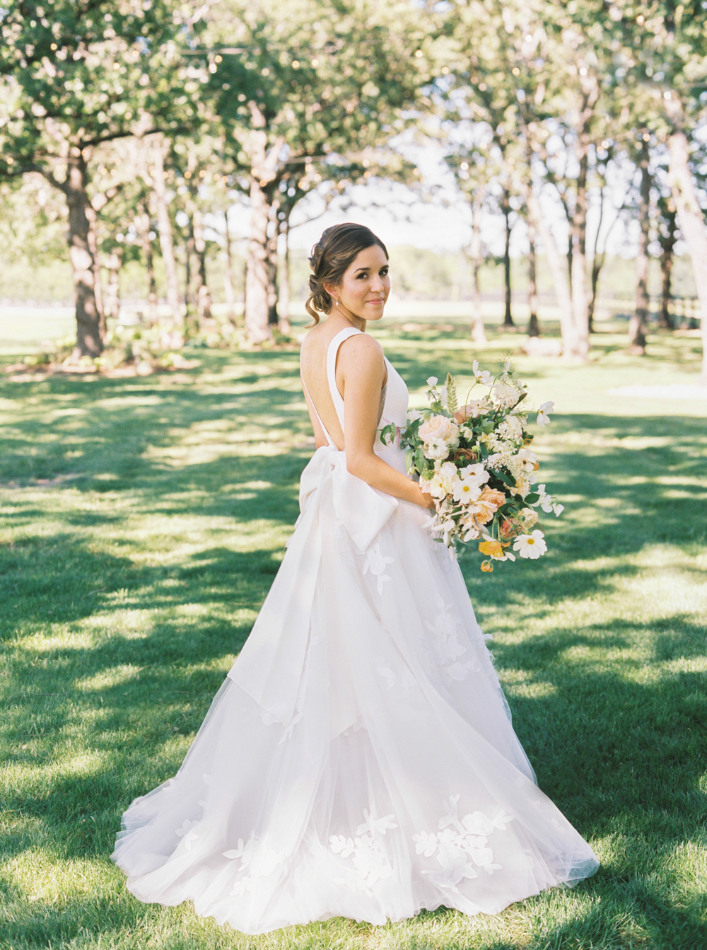 Ball Gown Tulle Wedding Dresses Deep V Neck Appliques Garden Bridal ...