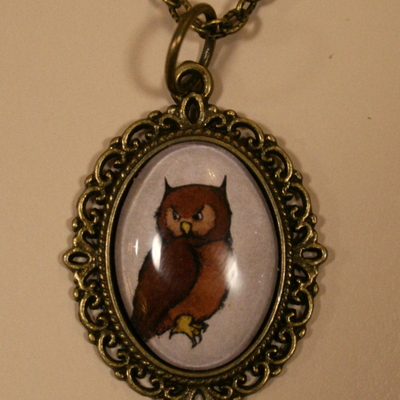 Parchy owl necklace