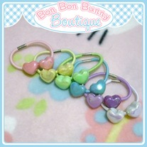Tiny Treat Ponytail Elastic - Heart Beads