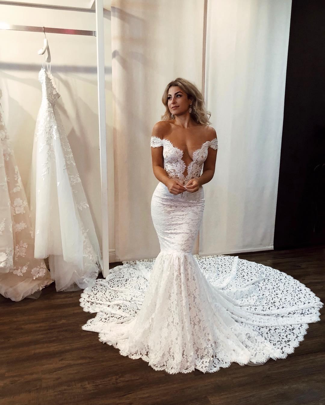 Sexy Off The Shoulder Mermaid White Lace Wedding Dress Modsele