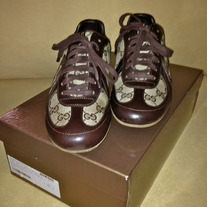 GUCCI TENNIS SHOES SZ US SIZE 9