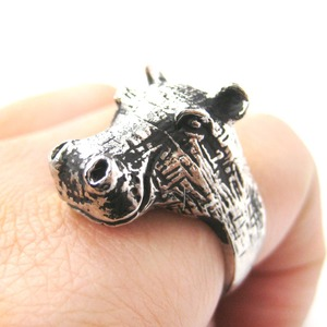3D Hippo Shaped Animal Wrap Ring in Shiny Silver - Size 7 and 8 Available