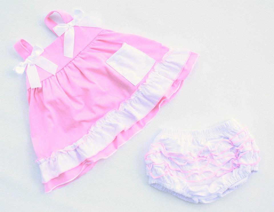 Pink_white_love_baby_swing_set_and_ruffle_bloomers_original