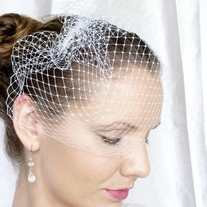 White Birdcage Veil 9 inches - Thumbnail 3