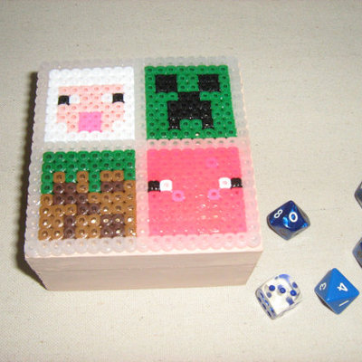 minecraft decorated wooden box