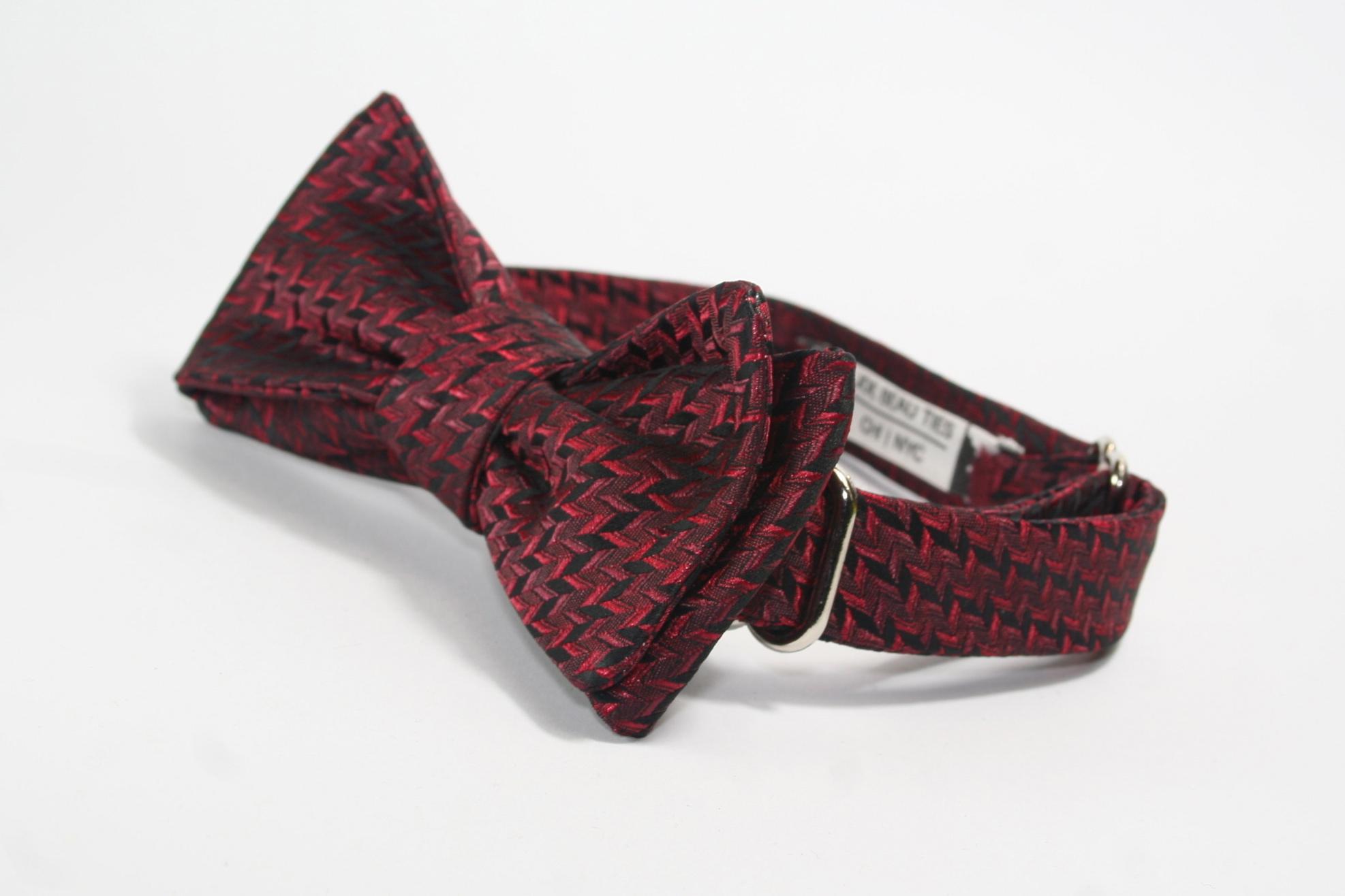 Batwing Pattern Bow Tie
